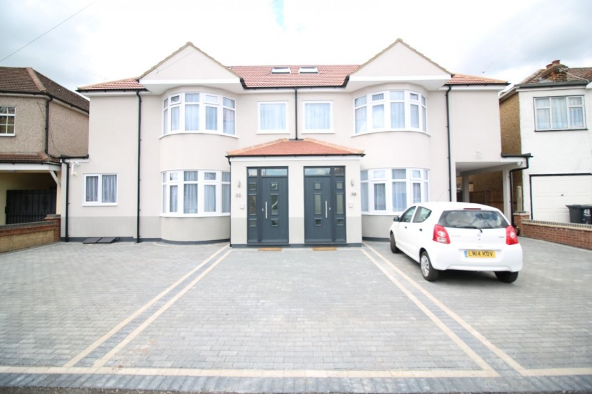 Images for Hedworth Avenue, Waltham Cross, Hertfordshire EAID:3131305421 BID:11055924